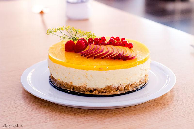 keto-mango-cheesecake