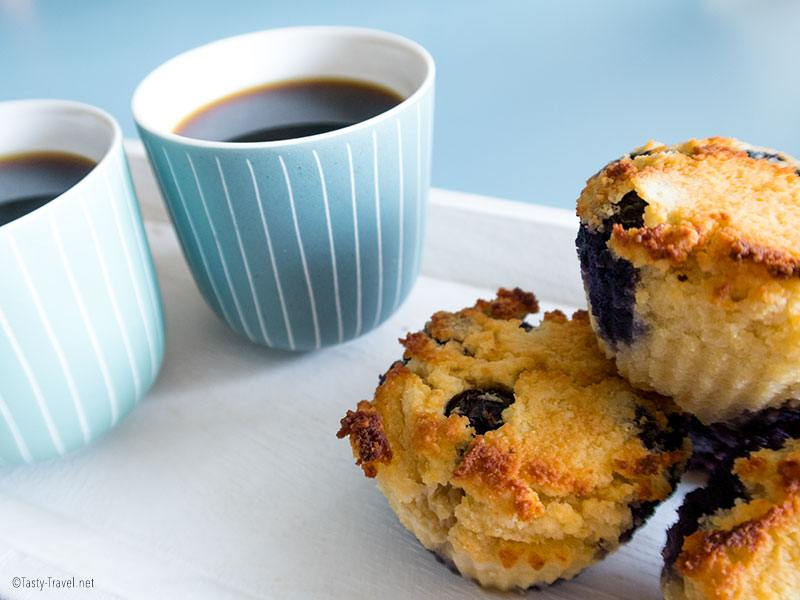 ketogenic-blueberry-muffin