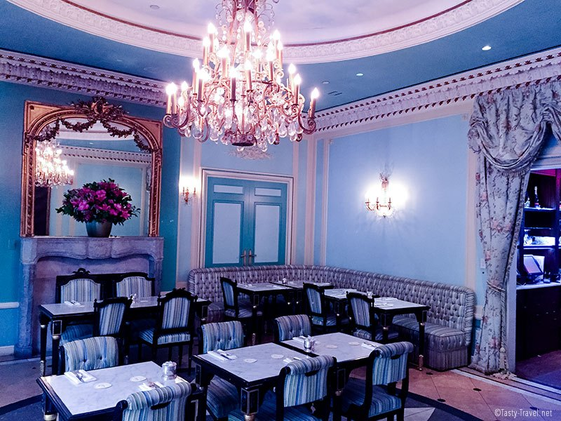 laduree-new-york-inside
